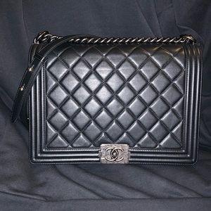 Preloved A92106 Chanel Large Calfskin Boy Bag